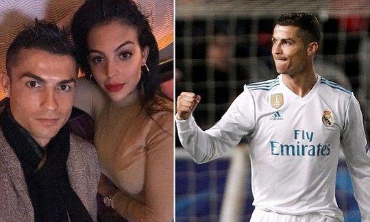 Cristiano Ronaldo poses with girlfriend Georgina Rodriguez