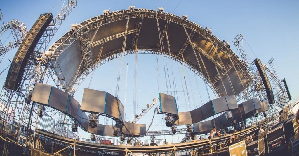 Brazilian DJ Killed When Festival Stage Collapses During Performance