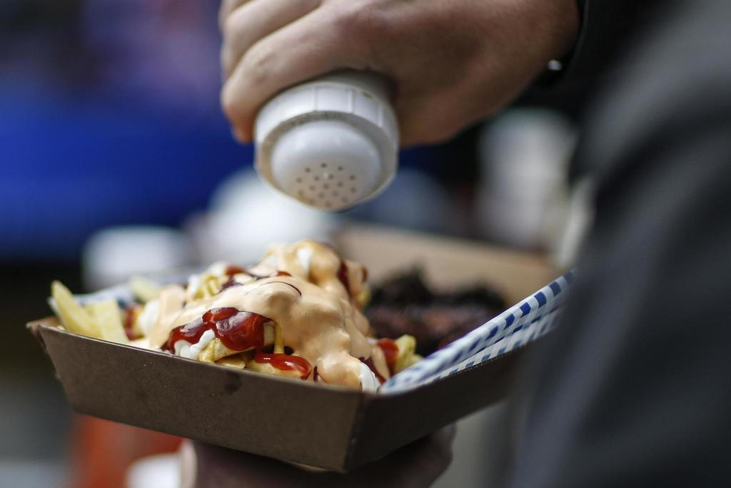 Food and drink delivered direct to your seat? Amazingly, yes.