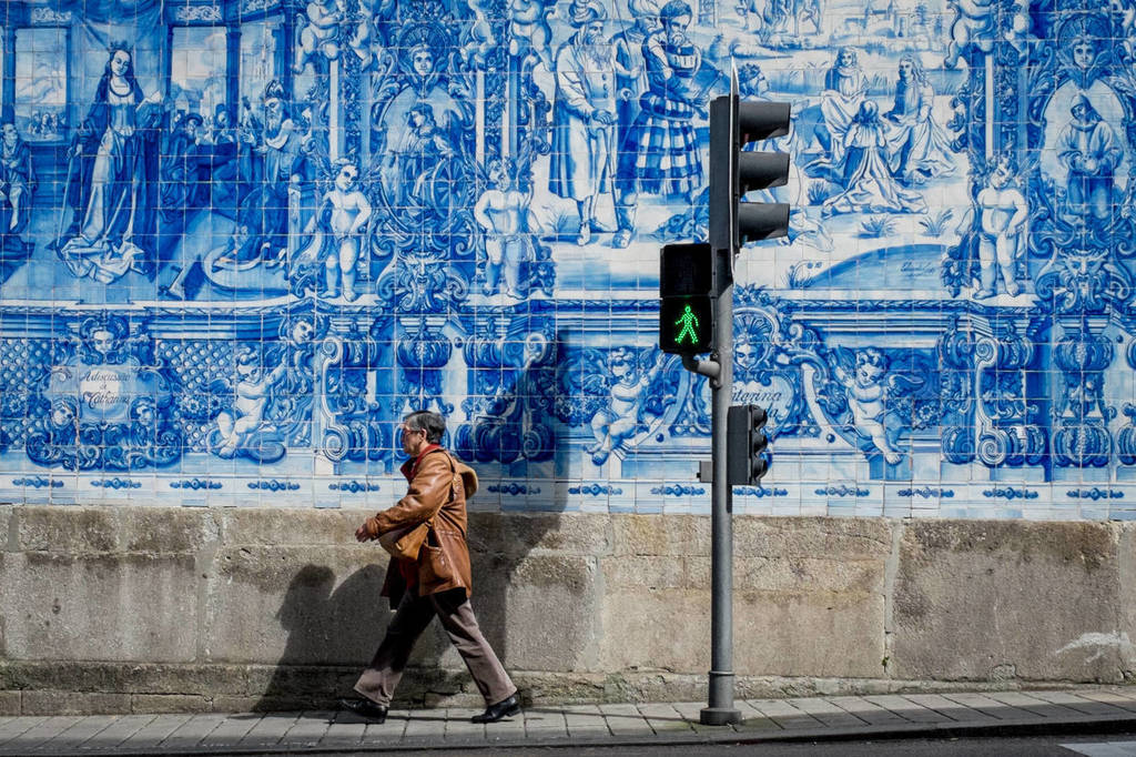 Porto Street Photography – Shooting Street to improve your wedding photography