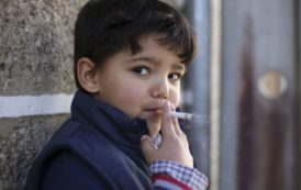 Portuguese town encourages children to smoke at Epiphany
